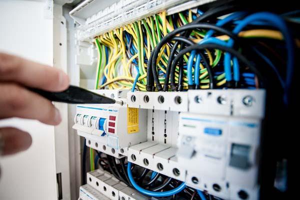 Verbindingspaneel - jij hebt toch ook de laagste energiefactuur?